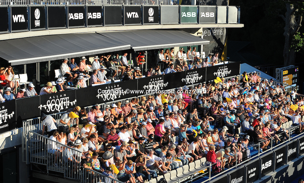 Fans watch the singles match featuring Denmark`s Caroline Wozniack during Day 2 of the ASB Classic Women's International. ASB Tennis Centre, Auckland, New Zealand. Tuesday 6 January 2015. Copyright photo: Chris Symes/www.photosport.co.nz