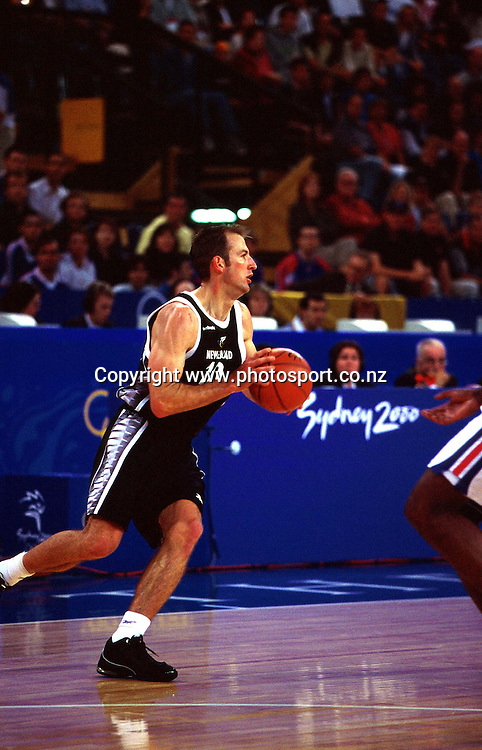 Ralph Lattimore during the Men's basketball match between the New Zealand Tall Blacks and France at the Olympics in Sydney, Australia on 17 September, 2000. Photo: PHOTOSPORT<br /><br /><br /><br /><br />170900 *** Local Caption ***