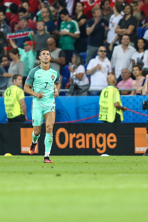 LYON, FRANCE, 06.07.2016 - PORTUGAL-WALES - Striker Cristiano Ronaldo in the match against Wales, valid for the semi-finals of Euro 2016 at the Grand Stade de Decines-Charpieu near Lyon, France, this Wed Friday (6).