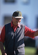 Roberto De Vicenzo<br /> The Open 2000<br /> Picture Credit:  Mark Newcombe / www.visionsingolf.com
