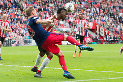 Siem de Jong of Ajax, Nicolas Isimat Mirin of PSV during the Dutch Eredivisie match between PSV Eindhoven and Ajax Amsterdam at the Phillips stadium on April 15, 2018 in Eindhoven, The Netherlands