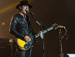 © Licensed to London News Pictures. 30/08/2015. Reading, UK. The Libertines performing at Reading Festival 2015, Day 3 Sunday. In this picture - Carl Barat. Photo credit: Richard Isaac/LNP