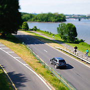 Traffic on the George Washington Parkway in tilt-shift. NB: This is using tilt-shift photographic technique and has a very narrow field of focus.