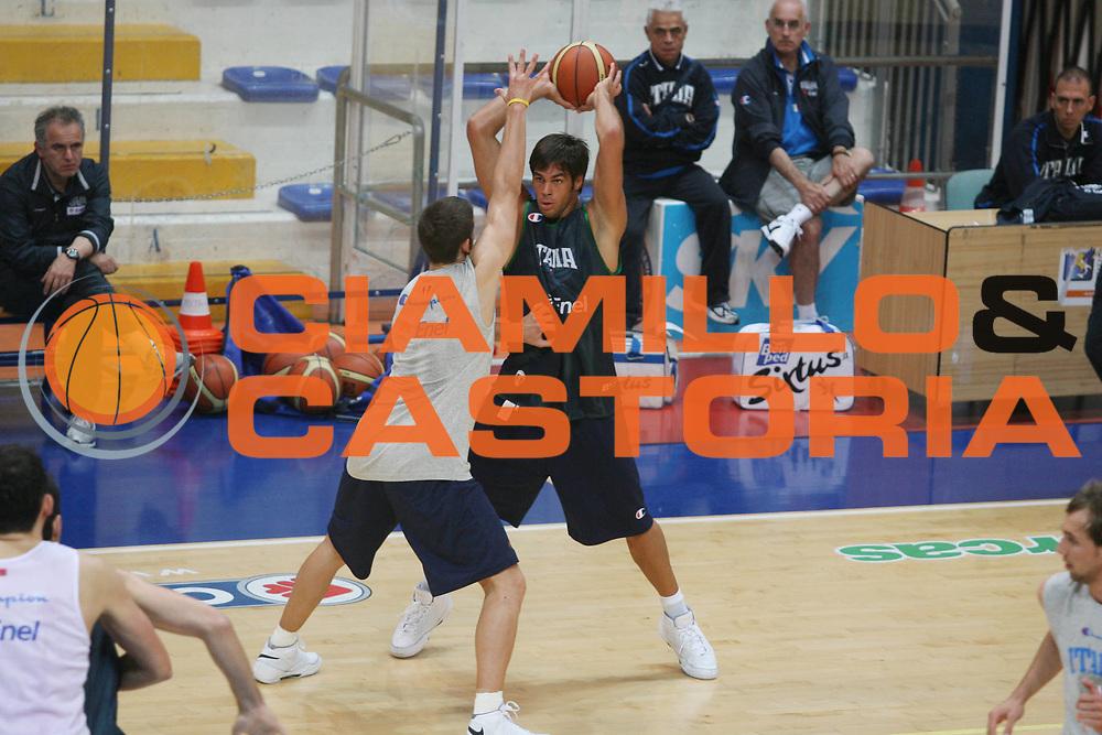 DESCRIZIONE : Roseto Raduno Nazionale Italiana Maschile <br /> GIOCATORE : Bruno Cerella <br /> SQUADRA : Nazionale Italia Uomini <br /> EVENTO : Raduno Nazionale Italiana Maschile <br /> GARA : <br /> DATA : 19/05/2008 <br /> CATEGORIA : <br /> SPORT : Pallacanestro <br /> AUTORE : Agenzia Ciamillo-Castoria/G.Ciamillo