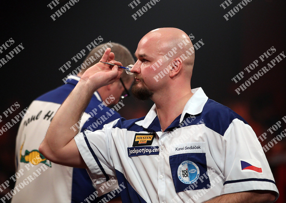 DARTS, BDO WORLD CHAMPIONSHIPS 2014,ROUND 1<br /> KAREL SEDLACEK Vs PAUL HOGAN, TIPTOPPICS.COM,  KAREL SEDLACEK IN ACTION,<br /> PIC CHRIS SARGEANT