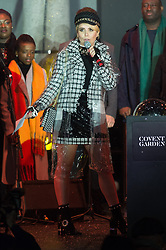 © Licensed to London News Pictures. 13/11/2018. London, UK. Singer PALOMA FAITH turns on the lights of Covent Garden Market Christmas lights. Photo credit: Ray Tang/LNP