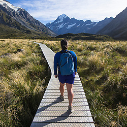 Hike to Hooker Lake, Mount Cook National Park, South Island of New Zealand