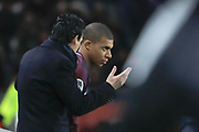 Kylian Mbappe (PSG) and Unai Emery (PSG) before replaced Marco Verratti (psg) during the French championship L1 football match between Paris Saint-Germain (PSG) and Dijon, on January 17, 2018 at Parc des Princes, Paris, France - Photo Stephane Allaman / ProSportsImages / DPPI