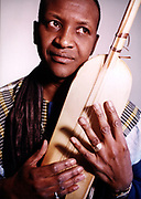 Malik Sow with a Ngoni or Hodu