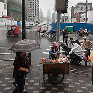 China, Shanghai. quipu market area, street sellers