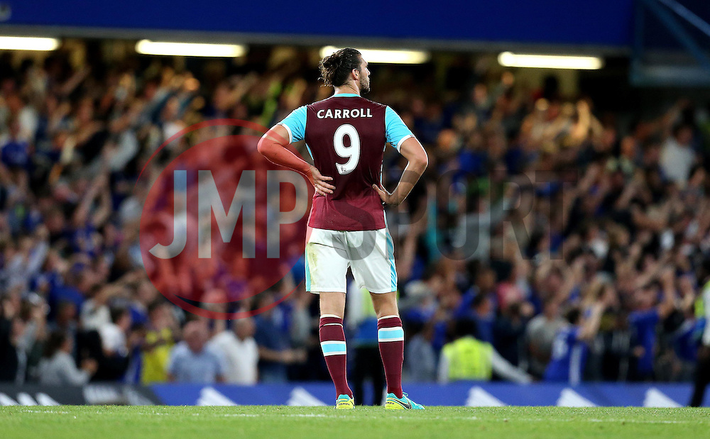 Andy Carroll of West Ham United looks frustrated after his side concede a late goal to Diego Costa of Chelsea - Mandatory by-line: Robbie Stephenson/JMP - 15/08/2016 - FOOTBALL - Stamford Bridge - London, England - Chelsea v West Ham United - Premier League
