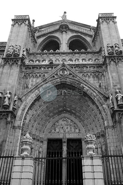 Portico de entrada de la catedral de Toledo. España ©Country Sessions Country Sessions / PILAR REVILLA