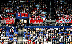 27.10.2012, St. Jakobshalle, Basel, SUI, ATP, Swiss Indoors, im Bild Roger Federer (SUI) Fans // during ATP Swiss Indoors Tournament at the St. Jakobshall, Basel, Switzerland on 2012/10/27. EXPA Pictures © 2012, PhotoCredit: EXPA/ Freshfocus/ Daniela Frutiger..***** ATTENTION - for AUT, SLO, CRO, SRB, BIH only *****
