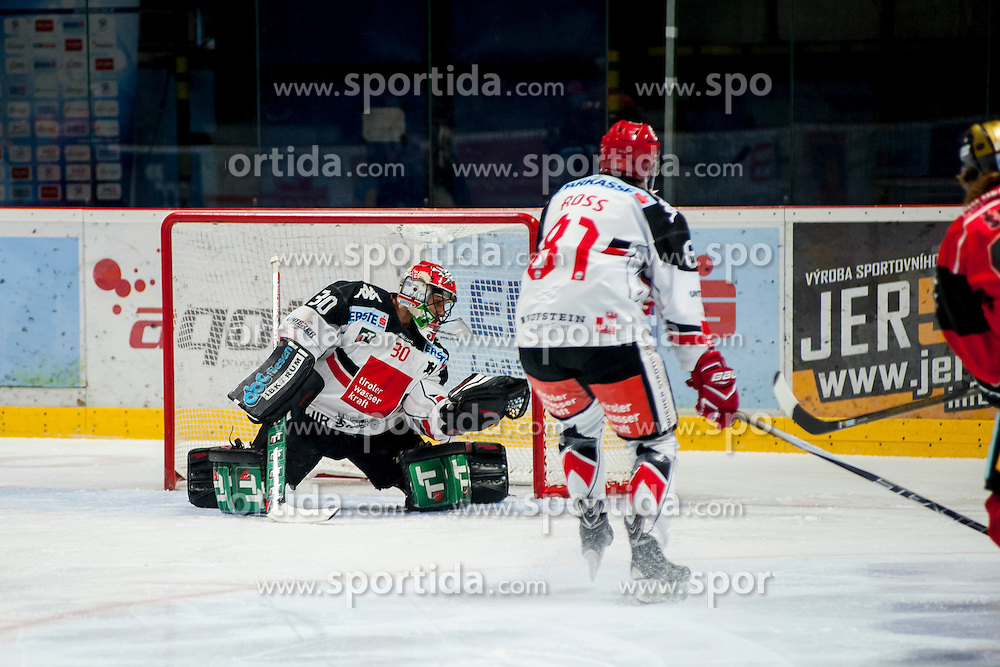 23.10.2016, Ice Rink, Znojmo, CZE, EBEL, HC Orli Znojmo vs HC TWK Innsbruck Die Haie, 13. Runde, im Bild v.l. Andy Chiodo (HC TWK Innsbruck) Nicholas Ross (HC TWK Innsbruck) // during the Erste Bank Icehockey League 13th round match between HC Orli Znojmo and HC TWK Innsbruck Die Haie at the Ice Rink in Znojmo, Czech Republic on 2016/10/23. EXPA Pictures © 2016, PhotoCredit: EXPA/ Rostislav Pfeffer
