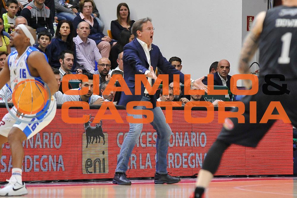DESCRIZIONE : Beko Legabasket Serie A 2015- 2016 Dinamo Banco di Sardegna Sassari - Pasta Reggia Juve Caserta<br /> GIOCATORE : Federico Pasquini<br /> CATEGORIA : Allenatore Coach Ritratto Mani<br /> SQUADRA : Dinamo Banco di Sardegna Sassari<br /> EVENTO : Beko Legabasket Serie A 2015-2016<br /> GARA : Dinamo Banco di Sardegna Sassari - Pasta Reggia Juve Caserta<br /> DATA : 03/04/2016<br /> SPORT : Pallacanestro <br /> AUTORE : Agenzia Ciamillo-Castoria/C.Atzori