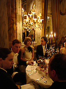 Shelby Bryan,  Anna Wintour and Zac Posen, Crillon 2004 Debutante Ball. Crillon Hotel. Paris. 26 November 2004. ONE TIME USE ONLY - DO NOT ARCHIVE  © Copyright Photograph by Dafydd Jones 66 Stockwell Park Rd. London SW9 0DA Tel 020 7733 0108 www.dafjones.com