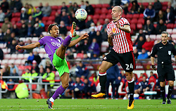 Bobby Reid of Bristol City controls the ball ahead of Darron Gibson of Sunderland - Mandatory by-line: Robbie Stephenson/JMP - 28/10/2017 - FOOTBALL - Stadium of Light - Sunderland, England - Sunderland v Bristol City - Sky Bet Championship