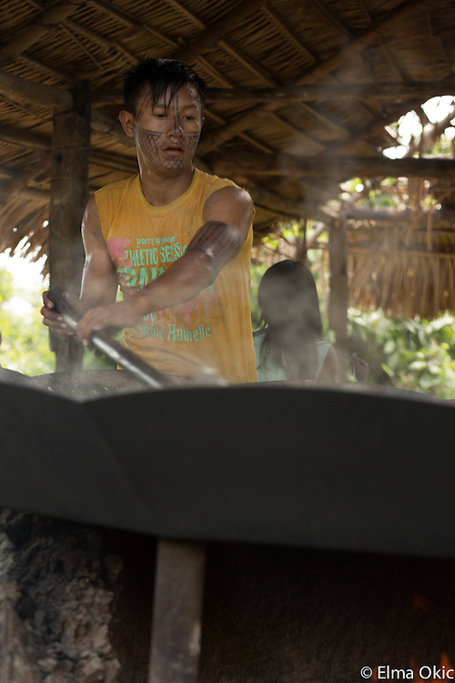 Preparation of the cassava or manioc flour at Sawre Muybu, a Munduruku indigenous community on the Tapajos River, Para, Brazil.