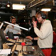 3FM Serious Request 2012 in Enschede van start! Giel Beelen, Gerard Ekdom