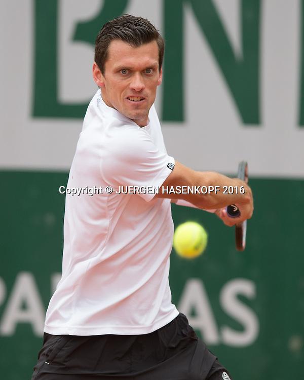 Tobias Kamke (GER)<br /> <br /> Tennis - French Open 2016 - Grand Slam ITF / ATP / WTA -  Roland Garros - Paris -  - France  - 24 May 2016.