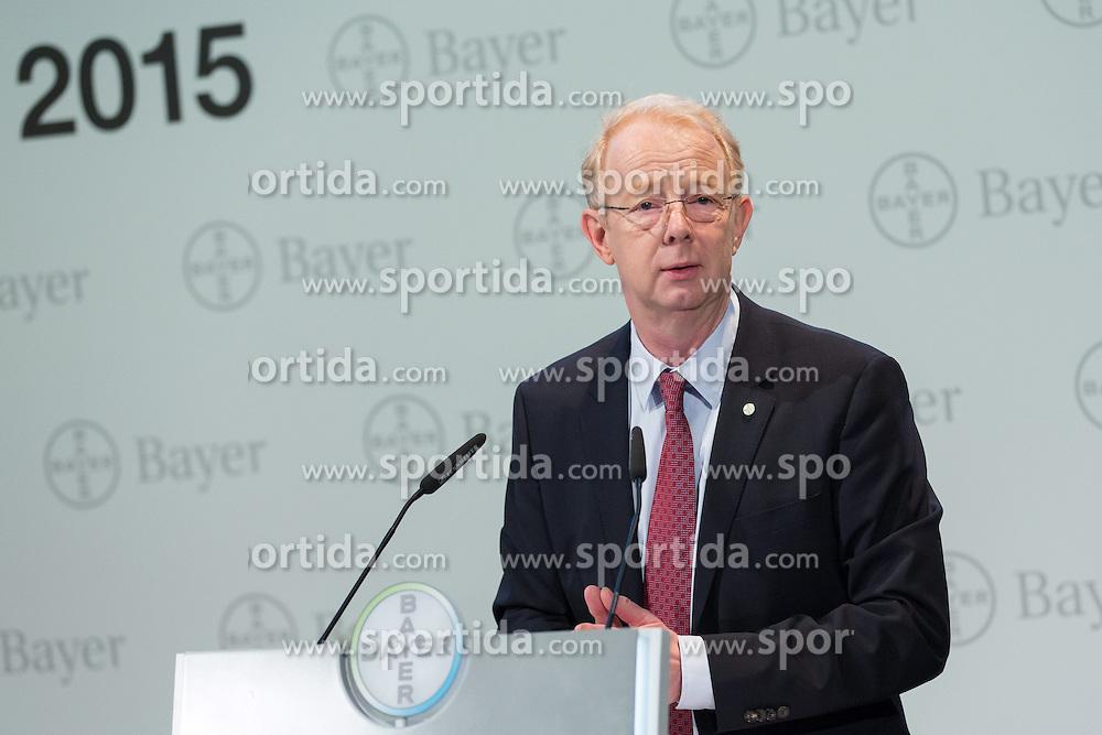 26.02.2015, Bayer-Kommunikationszentrum, Leverkusen, GER, Bilanzpressekonferenz Bayer AG, Ergebnisse des Gesch&auml;ftsjahres 2014, im Bild Dr. Martijn Dekkers (Vorsitzender des Vorstandes der Bayer AG) // during a Annual Press Conference Bayer AG at the Bayer-Kommunikationszentrum in Leverkusen, Germany on 2015/02/26. EXPA Pictures &copy; 2015, PhotoCredit: EXPA/ Eibner-Pressefoto/ Schueler<br /> <br /> *****ATTENTION - OUT of GER*****