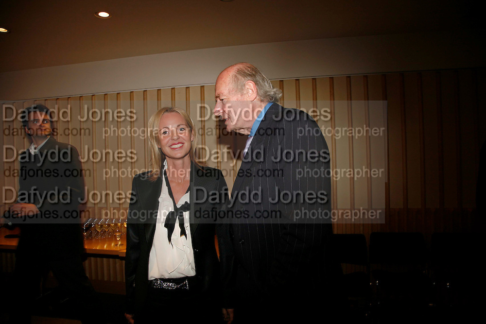 AMANDA ELLIASCH AND EDWARD RUSE. After-drinks JOSEPHINE HART Poetry Hour. British Library. Euston Rd. London. 22 March 2006. ONE TIME USE ONLY - DO NOT ARCHIVE  © Copyright Photograph by Dafydd Jones 66 Stockwell Park Rd. London SW9 0DA Tel 020 7733 0108 www.dafjones.com