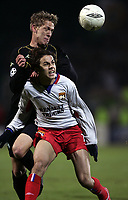 FOOTBALL - CHAMPIONS LEAGUE 2004/2005 - 1/8 FINAL - 2ND LEG - OLYMPIQUE LYONNAIS v WERDER BREMEN - 08/03/2005 - PENALTY PETRI PASANEN (WER) / NILMAR (LYON)<br />