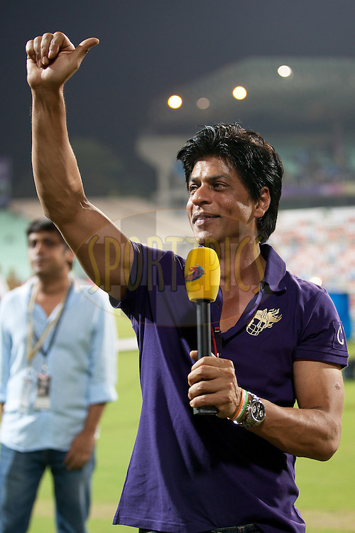 Sharukh Khan Chears crowds  during match 6 of the Indian Premier League ( IPL ) between the Kolkata Knight Riders and the Deccan Chargers held at Eden GardensCricket Stadium in Kolkata, India on the 11th April 2011..Photo by Saikat Das/BCCI/SPORTZPICS