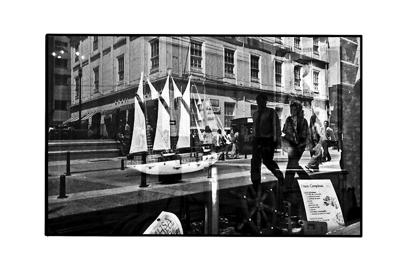 LAS BARCOS - 1/6<br /> BLACKPARAISO 2000<br /> neg/inkjet<br /> 30x40<br /> canson Baryta Photographique 310gsm