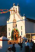 MEXICO, MAYAN, CHIAPAS San Juan Chamula; Tzotzil village