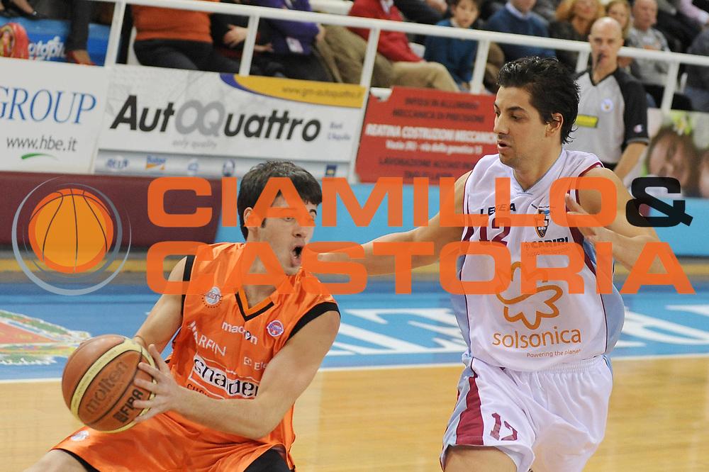 DESCRIZIONE : Rieti Lega A1 2008-09 Solsonica Rieti Snaidero Udine<br /> GIOCATORE : Lorenzo D Ercole<br /> SQUADRA : Snaidero Udine <br /> EVENTO : Campionato Lega A1 2008-2009 <br /> GARA : Solsonica Rieti Snaidero Udine<br /> DATA : 18/01/2009<br /> CATEGORIA : Palleggio<br /> SPORT : Pallacanestro <br /> AUTORE : Agenzia Ciamillo-Castoria/E.Grillotti
