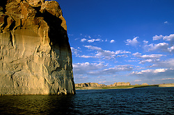 AZ, Arizona Lake Powell, near Grand Canyon National Park, scenic, Lone Rock on Utah border .Photo Copyright: Lee Foster, lee@fostertravel.com, www.fostertravel.com, (510) 549-2202.Image: azlkpo206