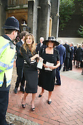Jemima Khan and Lady Annabel Goldsmith, Mark Birley funeral. St Paul's , Knightsbridge. London. 19 September 2007. -DO NOT ARCHIVE-© Copyright Photograph by Dafydd Jones. 248 Clapham Rd. London SW9 0PZ. Tel 0207 820 0771. www.dafjones.com.