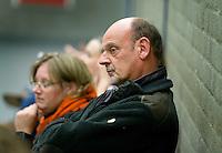 ARNHEM -  MOP coach Toon Siepman, MOP dames tijdens de eerste dag van de zaalhockey competitie in de hoofdklasse, seizoen 2013/2014. COPYRIGHT KOEN SUYK