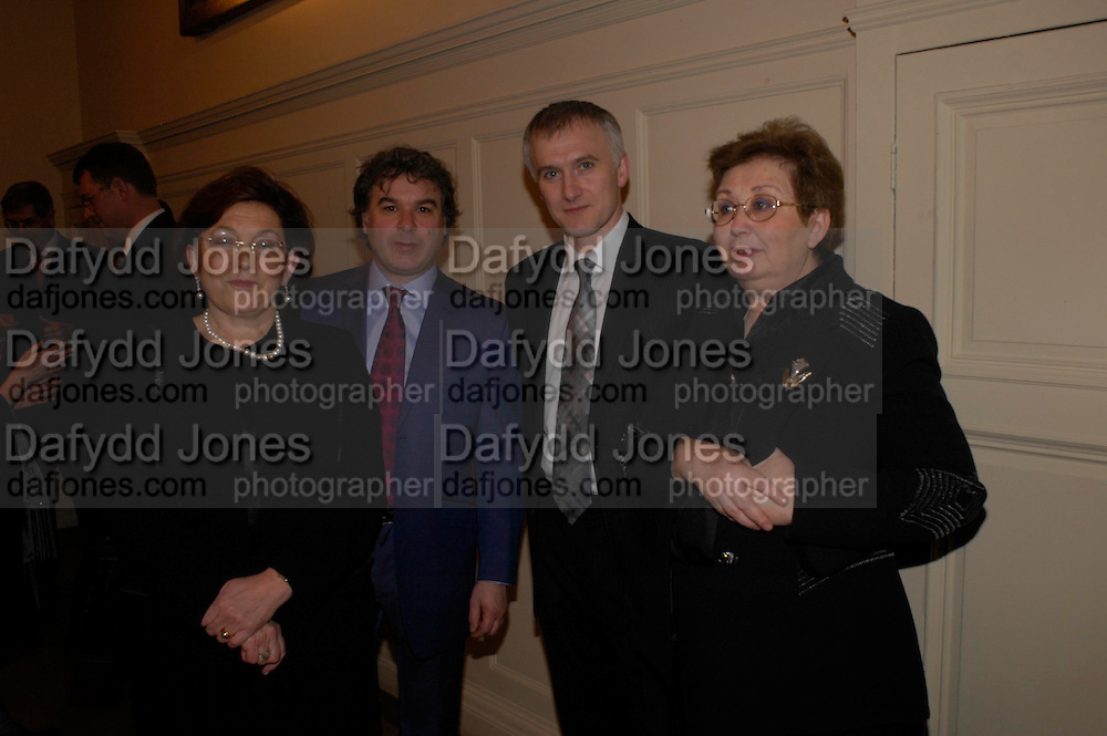 Curators: Nazan Olcer, Adrian Lecke, David Roxburghe and Filiz Cagman. The opening of Turks: A Journey of a Thousand Years, 600-1600 - an exhibition of Turkish art.  Royal Academy of Arts, Piccadilly, London ONE TIME USE ONLY - DO NOT ARCHIVE  © Copyright Photograph by Dafydd Jones 66 Stockwell Park Rd. London SW9 0DA Tel 020 7733 0108 www.dafjones.com