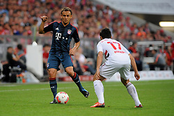 31.07.2013, Allianz Arena, Muenchen, Audi Cup 2013, FC Bayern Muenchen vs Sao Paulo, im Bild, RAFINHA (FC Bayern Muenchen) und rechts OSVALDO (Sao Paulo FC) // during the Audi Cup 2013 match between FC Bayern Muenchen and Sao Paulon at the Allianz Arena, Munich, Germany on 2013/07/31. EXPA Pictures © 2013, PhotoCredit: EXPA/ Eibner/ Wolfgang Stuetzle<br /> <br /> ***** ATTENTION - OUT OF GER *****