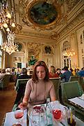 FRANCE, PARIS, CITY CENTER Musee d'Orsay, houses work of the Impressionists, ornate interior of the Cafe des Hauteurs