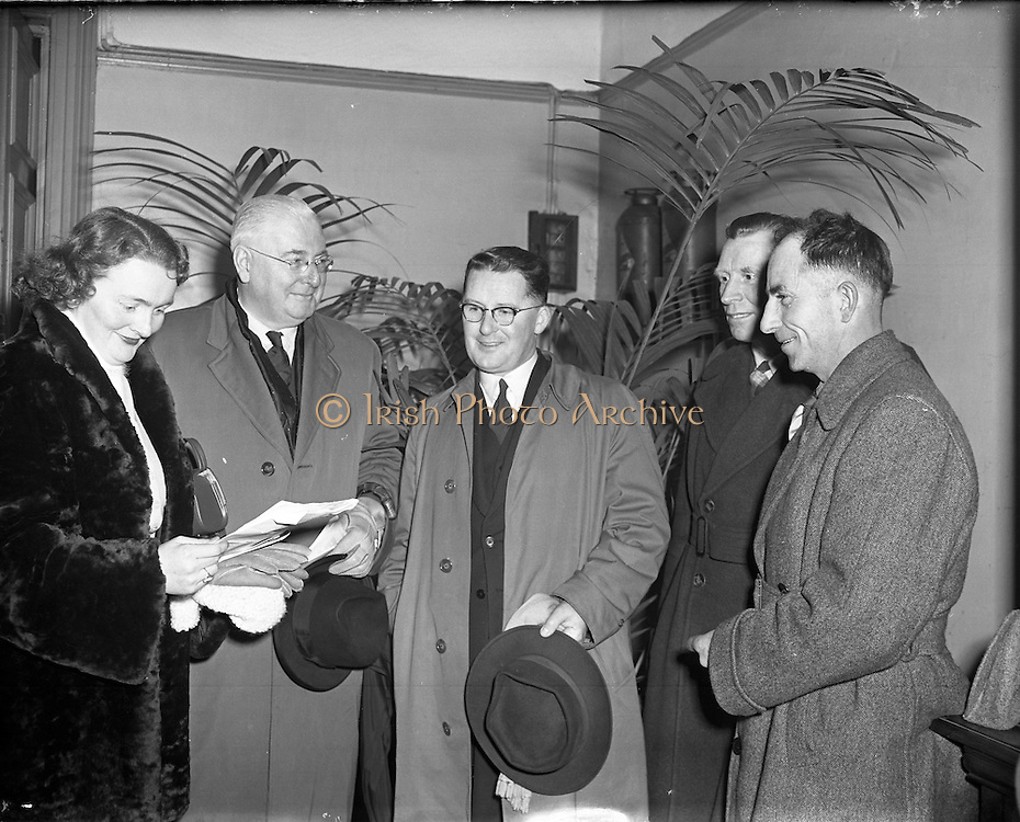 Fine Gael Ard Fheis at Engineers Hall, 04/02/1958.