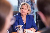 14 MAR 2018, BERLIN/GERMANY:<br /> Svenja Schulze, SPD, Bundesministerin fuer Umwelt, Naturschutz und nukleare Sicherheit, vor Beginn der ersten Sitzung des Kabinetts Merkel IV, Kabinettsaal, Bundeskanzleramt<br /> IMAGE: 20180314-02-014<br /> KEYWORDS: Kabinett, Kabinettsitzung, Sitzung,, neues Kabinett
