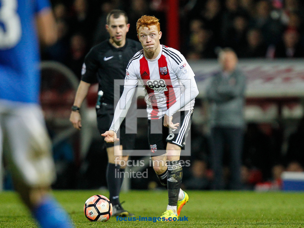 Ryan Woods of Brentford during the FA Cup 3rd round match between  Brentford and Eastleigh FC  at Griffin Park, London<br /> Picture by Mark D Fuller/Focus Images Ltd +44 7774 216216<br /> 07/01/2017