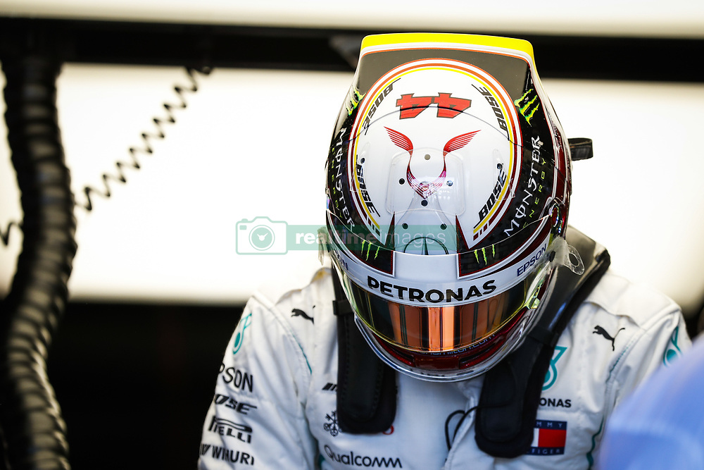 March 23, 2018 - Melbourne, Victoria, Australia - HAMILTON Lewis (gbr), Mercedes AMG F1 Petronas GP W09 Hybrid EQ Power+, action during 2018 Formula 1 championship at Melbourne, Australian Grand Prix, from March 22 To 25 - Photo  Motorsports: FIA Formula One World Championship 2018, Melbourne, Victoria : Motorsports: Formula 1 2018 Rolex  Australian Grand Prix,   #44 Lewis Hamilton (GBR, Mercedes AMG Petronas F1 Team) (Credit Image: © Hoch Zwei via ZUMA Wire)