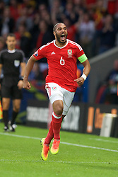 5LILLE, FRANCE - Friday, July 1, 2016: Wales' captain Ashley Williams celebrates scoring the equalising first goal against Belgium during the UEFA Euro 2016 Championship Quarter-Final match at the Stade Pierre Mauroy. (Pic by Paul Greenwood/Propaganda)