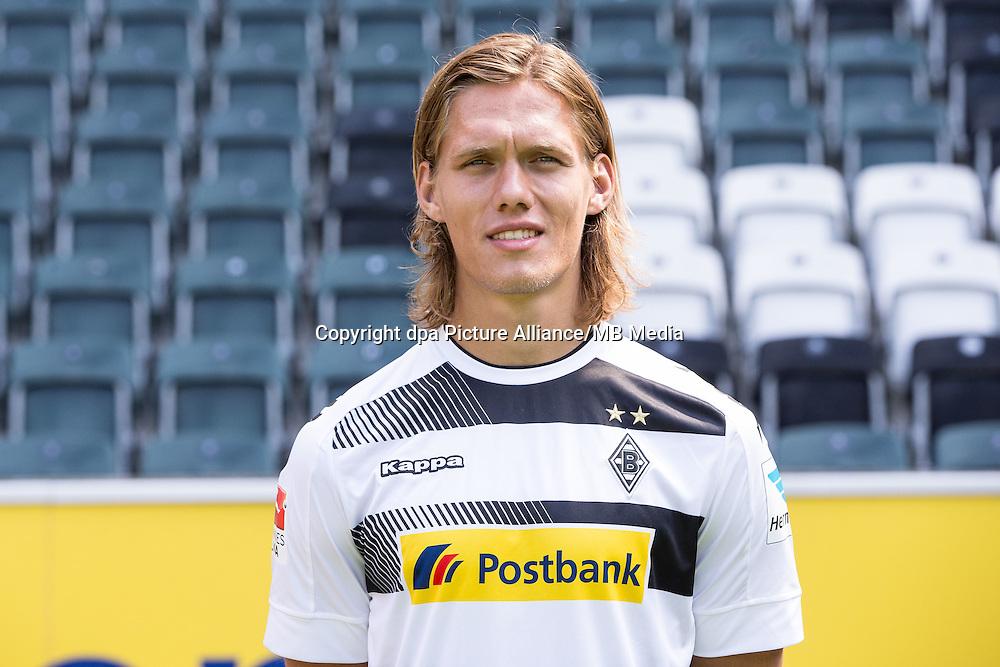 German Bundesliga - Season 2016/17 - Photocall Borussia Moenchengladbach on 1 August 2016 in Moenchengladbach, Germany: Jannik Vestergaard. Photo: Maja Hitij/dpa   usage worldwide