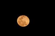 Moeda_MG, Brasil...Lua cheia na Serra da Moeda em Moeda, Minas Gerais...Full moon in Serra da Moeda in Moeda, Minas Gerais...Foto: JOAO MARCOS ROSA / NITRO