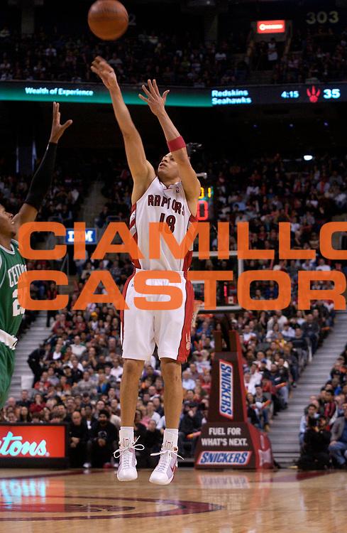 DESCRIZIONE : Toronto Campionato NBA 2008-2009 Toronto Raptors Boston Celtics<br /> GIOCATORE : Anthony Parker<br /> SQUADRA : Toronto Raptors Boston Celtics<br /> EVENTO : Campionato NBA 2008-2009 <br /> GARA : Toronto Raptors Boston Celtics<br /> DATA : 23/11/2008 <br /> CATEGORIA : tiro<br /> SPORT : Pallacanestro <br /> AUTORE : Agenzia Ciamillo-Castoria/V.Keslassy<br /> Galleria : NBA 2008-2009<br /> Fotonotizia : Toronto Campionato NBA 2008-2009 Toronto Raptors Boston Celtics<br /> Predefinita :