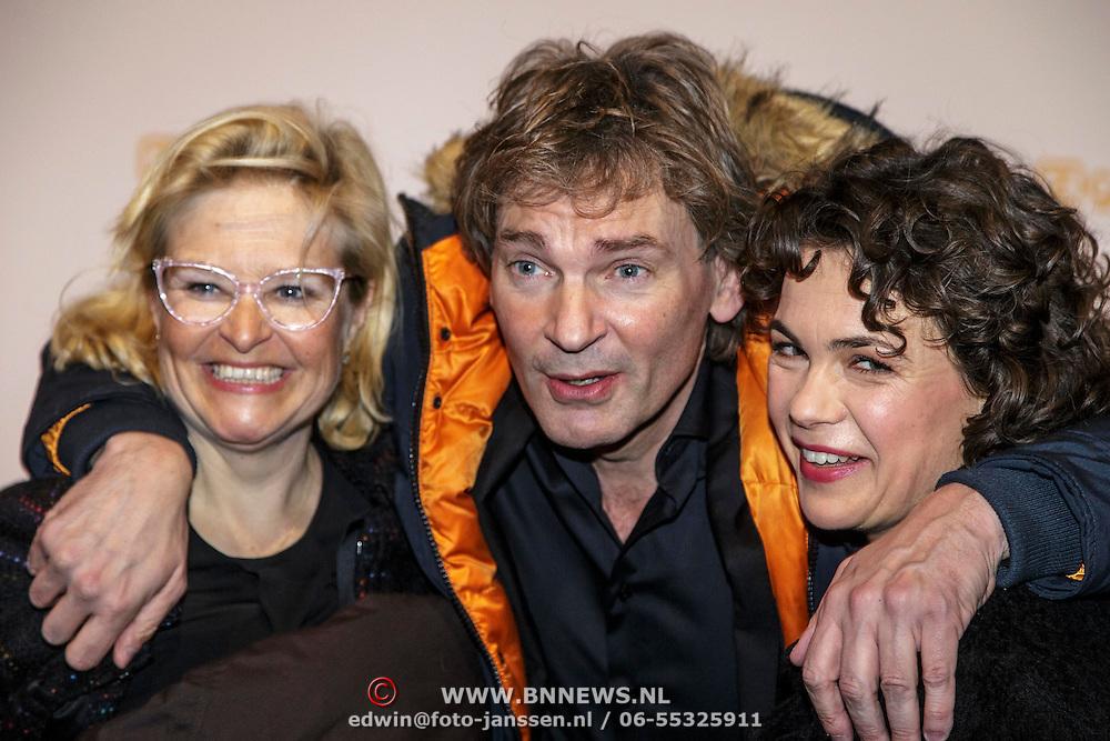 NLD/Amsterdam/20150302 - Uitreiking TV Beelden 2015, ..........., Matthijs van Nieuwkerk en Dieuwke Wynia