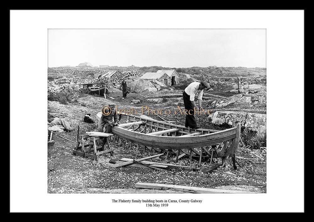 Familien Cloherty bygger båter i Carna. Håndbygde båter fra Irland på 1950 tallet. Bilder fra 1950,.1650 og 1970 tallet finner du på Irish Photo Archive.