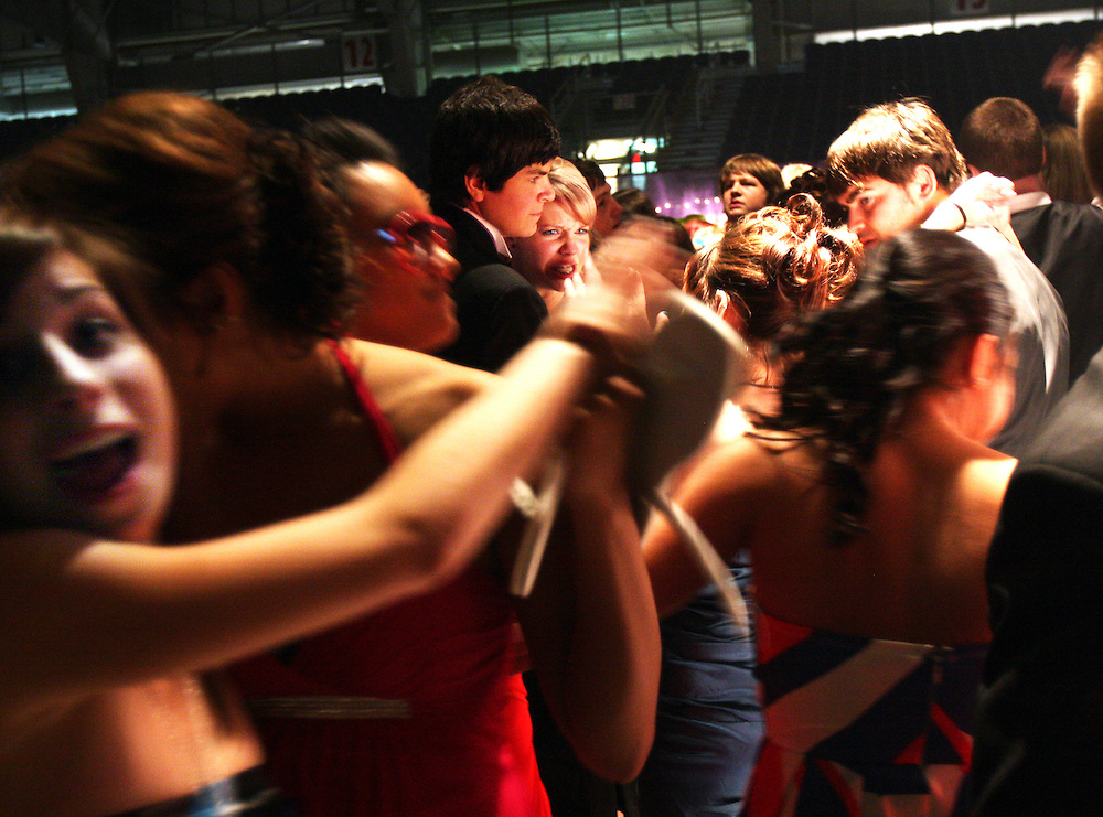 Area high-schoolers dance the night away during SnoBall at the Pavilion, Dec. 6, 2008. THOMAS PATTERSON   Statesman Journal