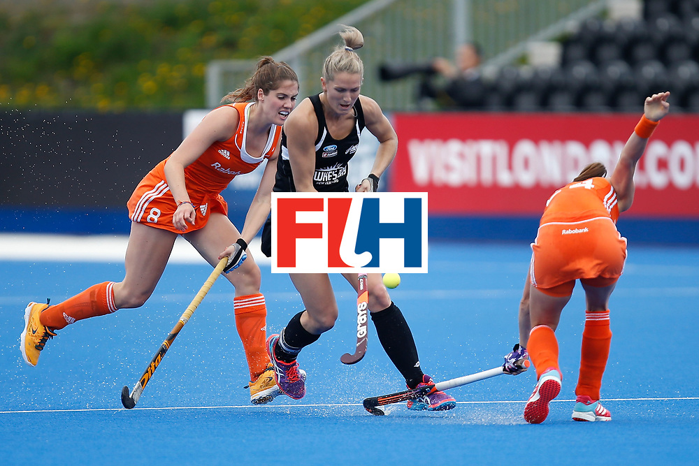 LONDON, ENGLAND - JUNE 18:  Stacey Michelsen of New Zealand carries the ball during the FIH Women's Hockey Champions Trophy 2016 match between Netherlands and New Zealand at Queen Elizabeth Olympic Park on June 18, 2016 in London, England.  (Photo by Joel Ford/Getty Images)