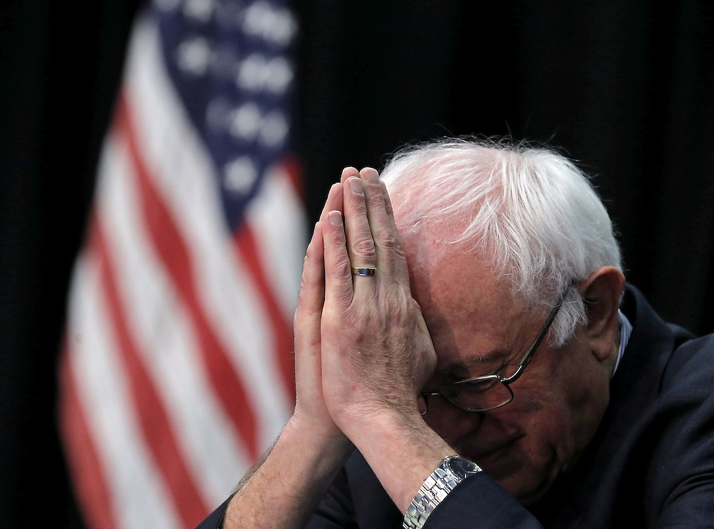 U.S. Democratic presidential candidate Bernie Sanders attends the Faith Leaders Prayer Breakfast in Columbia, South Carolina, United States, February 16, 2016.   REUTERS/Jim Young